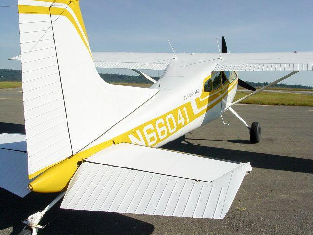 1978 Cessna 180K Skywagon II 700TT and 39 on IO-550 engine
