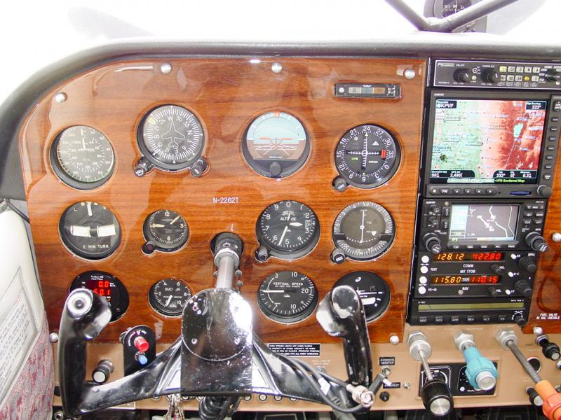 1968 Cessna A185E Skywagon Panel