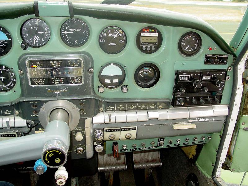 1956 Beechcraft G35 Bonanza panel