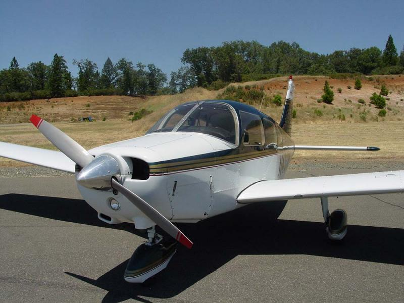 1974 Piper PA-28-151 $38,500. N43326 front left