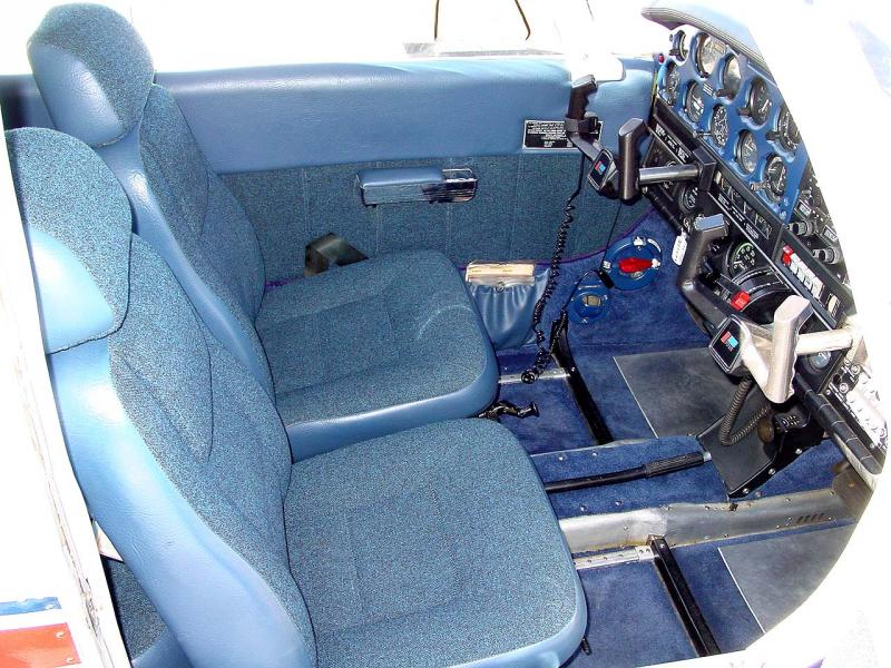 1972 Piper Cherokee 140 (150HP) Seats