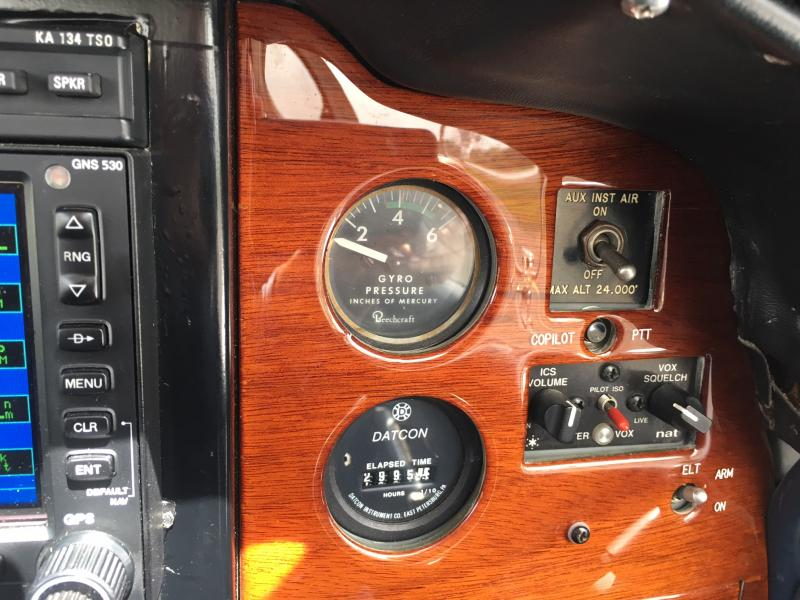 1971 Beechcraft F33A Bonanza Panel