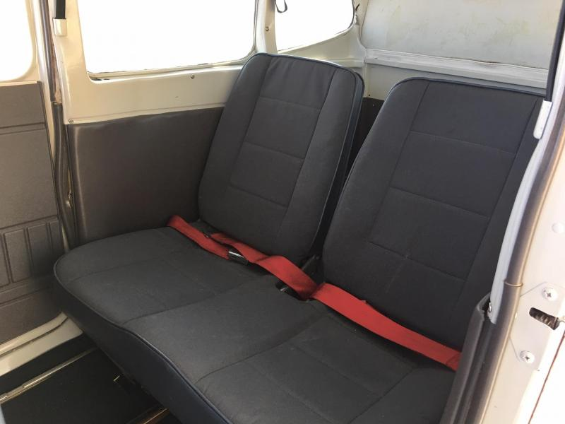 1977 Cessna 180K Skywagon with 0-520 Interior