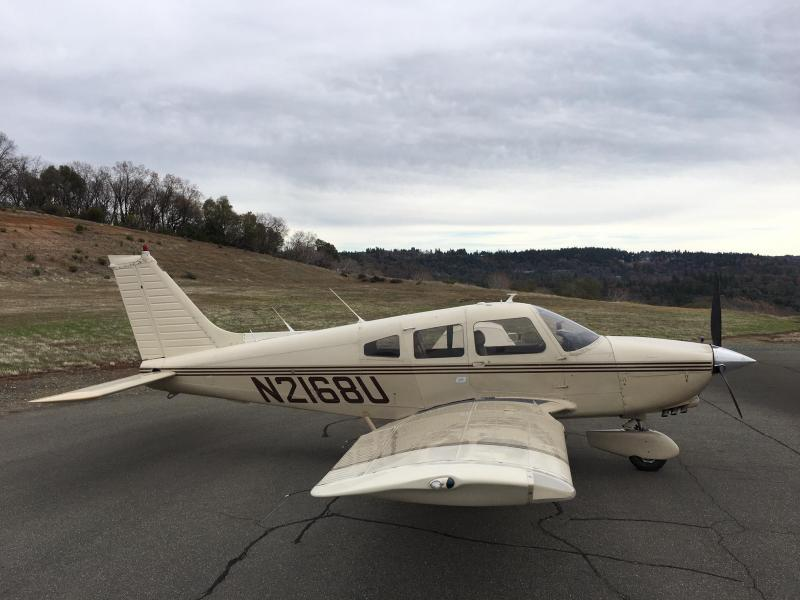 1979 Piper Dakota PA 28 236