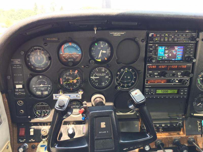 1982 Cessna Turbo 182R Fixed Gear Skylane Panel