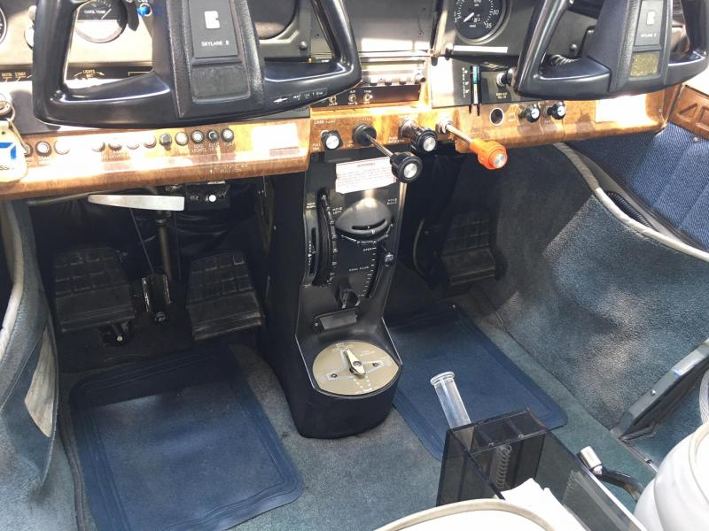 1982 Cessna Turbo 182R Fixed Gear Skylane Interior