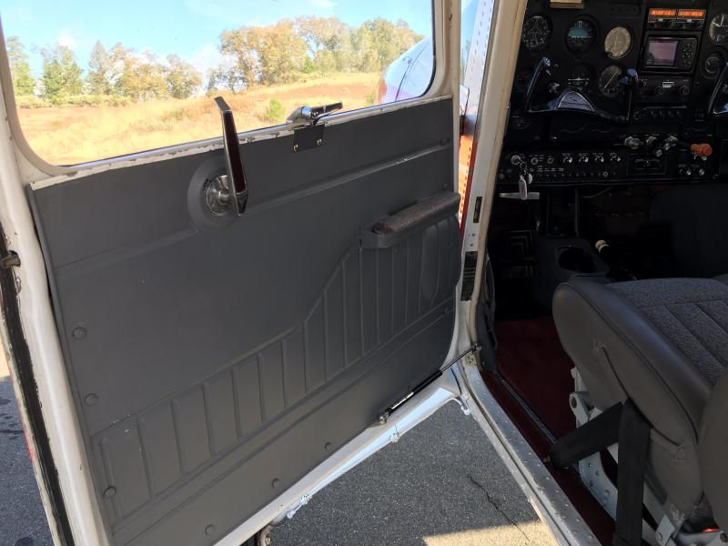 1970 Cessna A185E Skywagon Interior