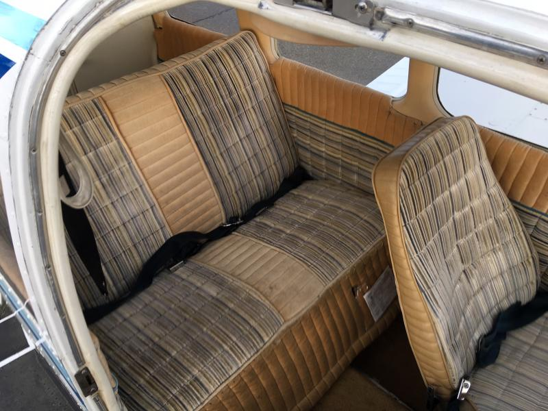 1976 Piper PA-28-151 Warrior Interior