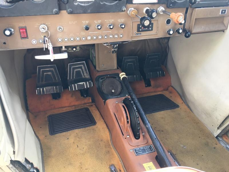 1971 Cessna 185E Skywagon Interior