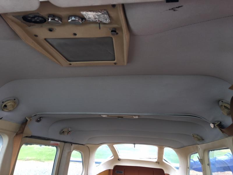 1980 Cessna TU206G Float Kitted Stationair Interior