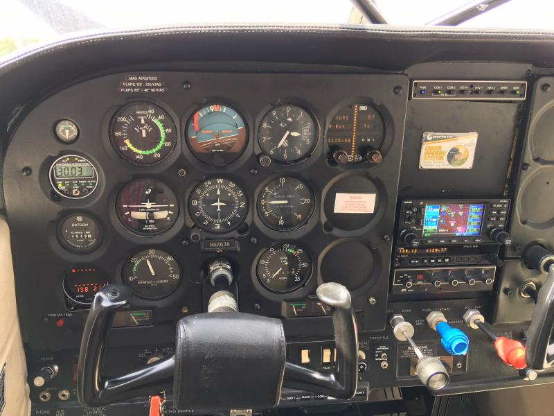 1977 Cessna 180K Skywagon Panel