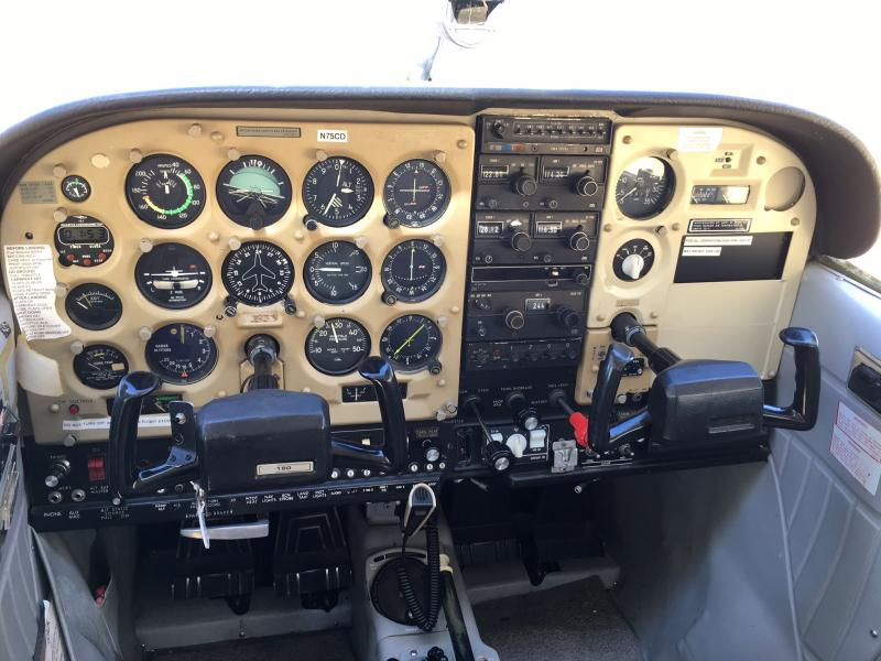 1979 Cessna 180K Skywagon Panel