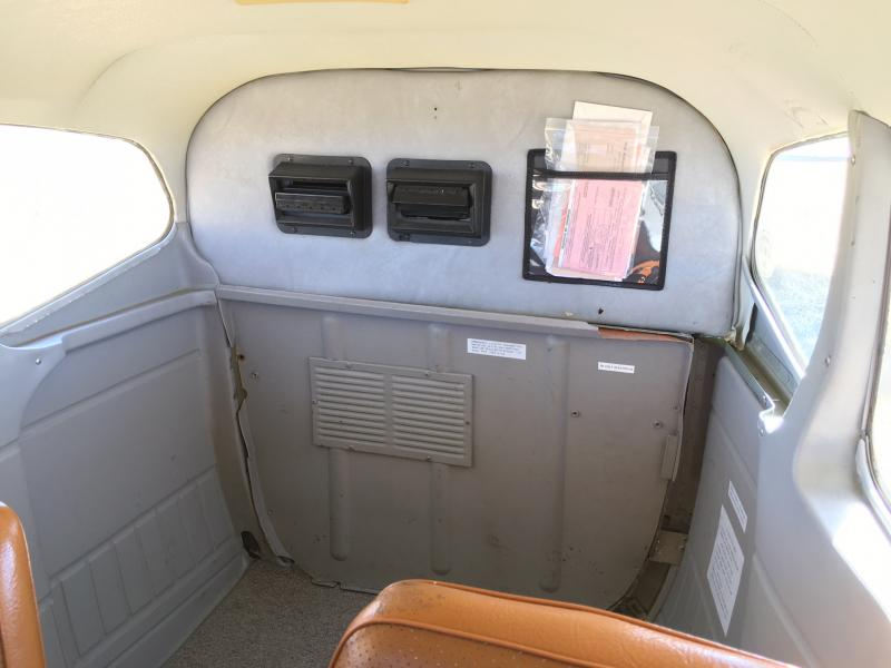 1979 Cessna 180K Skywagon Interior