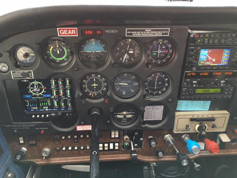 1981 Cessna 172RG Cutlass Panel