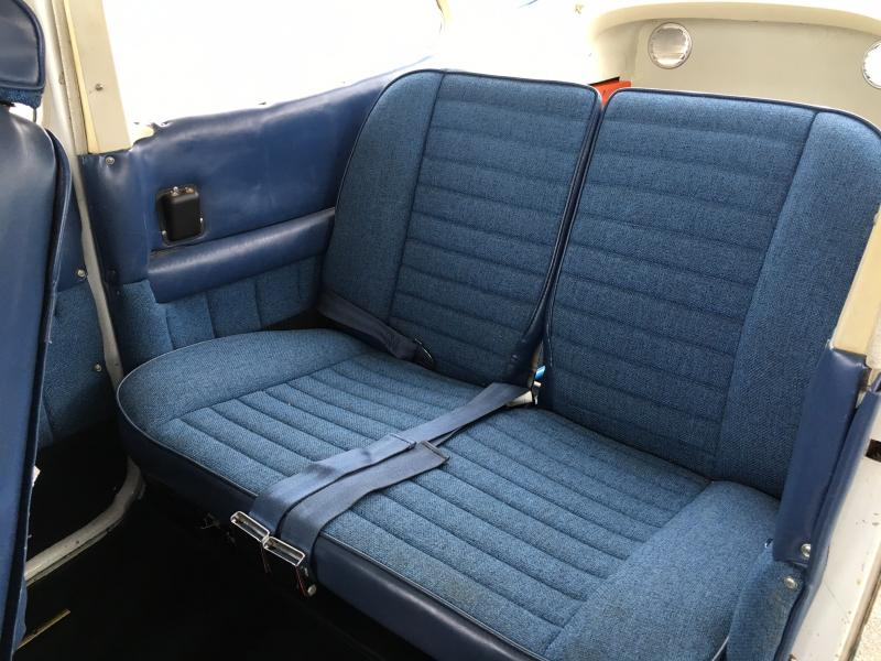 1981 Cessna 172RG Cutlass Interior