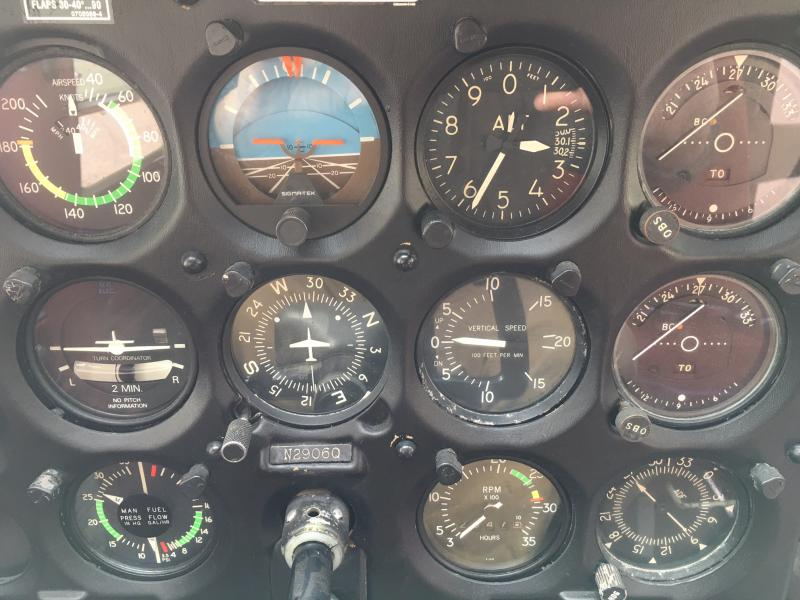1978 Cessna A185F Skywagon Panel