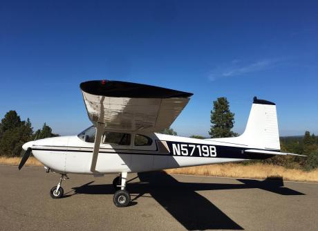1956 Cessna 182 with parachute jump door